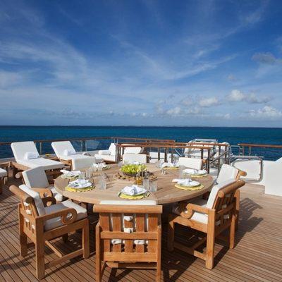 Sunrise Yacht Outdoor Dinning