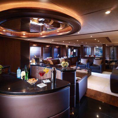 The Devocean Yacht Bar