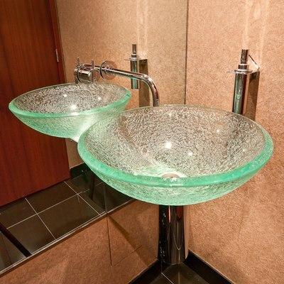 Andiamo Yacht Bathroom - Detail