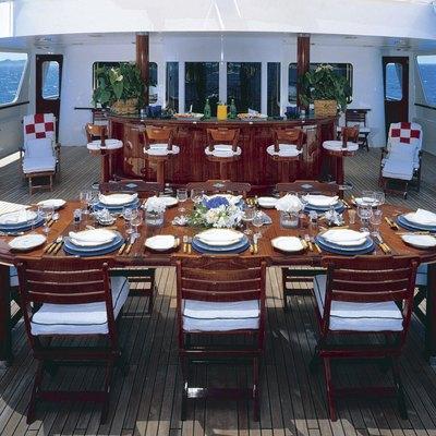 Virginian Yacht Exterior Dining