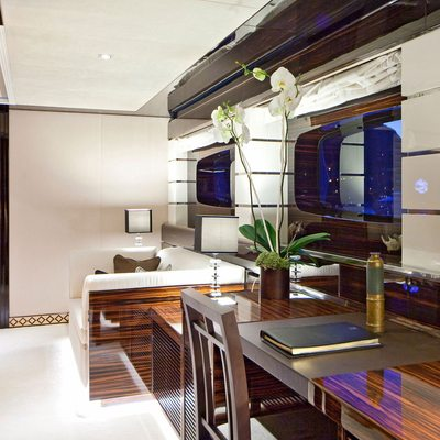 Seven S Yacht Master Office