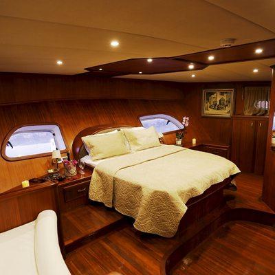 Ilknur Sultan Yacht