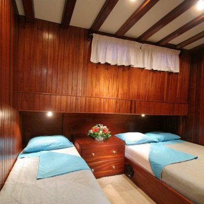 Matina Yacht Triple Cabin