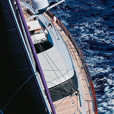 Baracuda Valletta Yacht Overhead