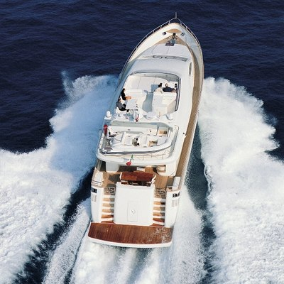 Jauni Yacht