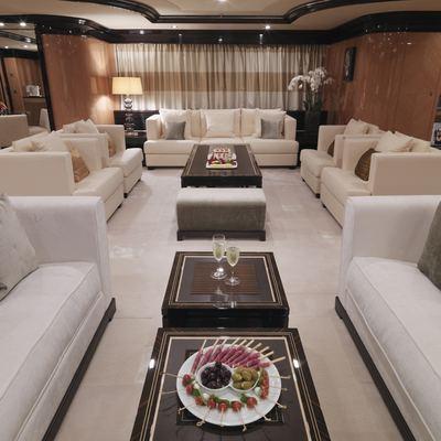 Meamina Yacht Main Salon