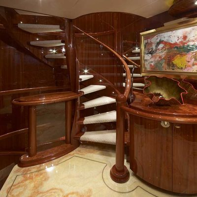 Lady Leila Yacht Main Deck Foyer