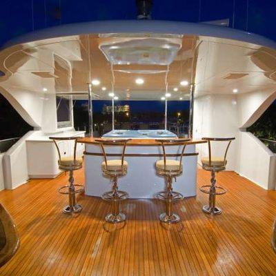 Far From It Yacht Exterior Bar