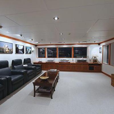 Nurja Yacht Skylounge