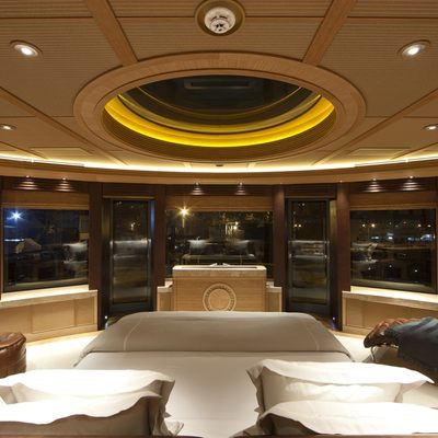 Naia Yacht Master Stateroom - Panoramic View Night