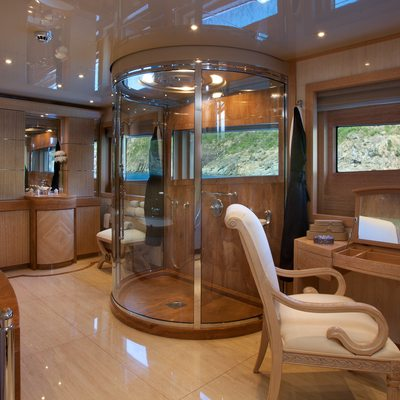 Sunrise Yacht Owner's En-Suite