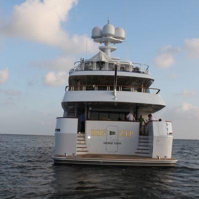 Aquasition Yacht Stern