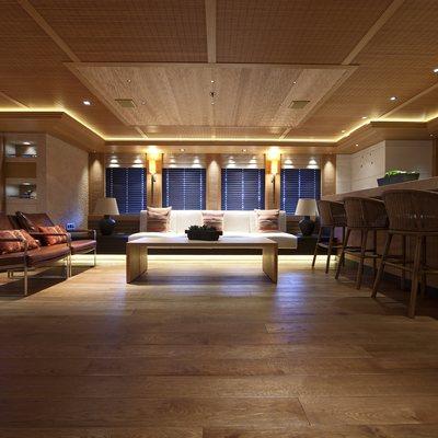 Naia Yacht Main Salon - Seating