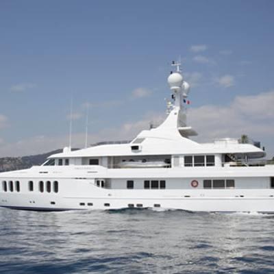 Talisman Maiton Yacht Underway