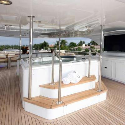 Far From It Yacht Jacuzzi