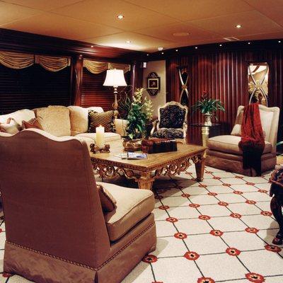 Lagniappe Yacht Main Salon