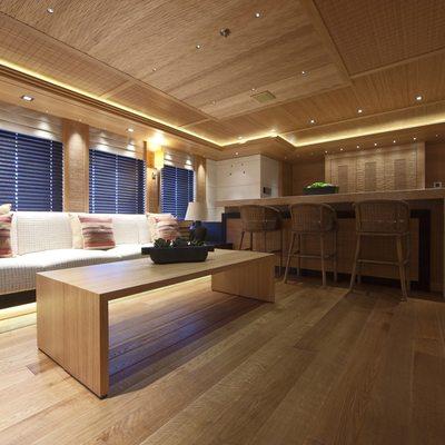 Naia Yacht Salon - Bar