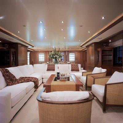 Jo Yacht Main Salon