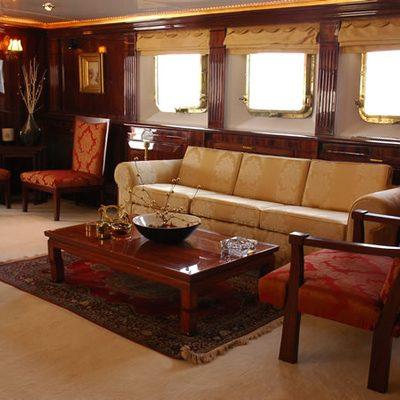 Kalizma Yacht Salon