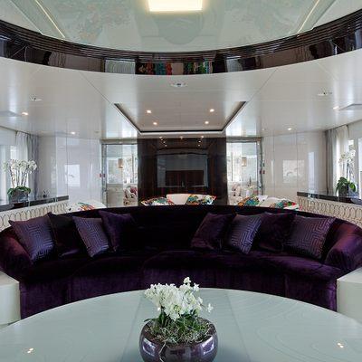 Quite Essential Yacht Main Salon - Loungers
