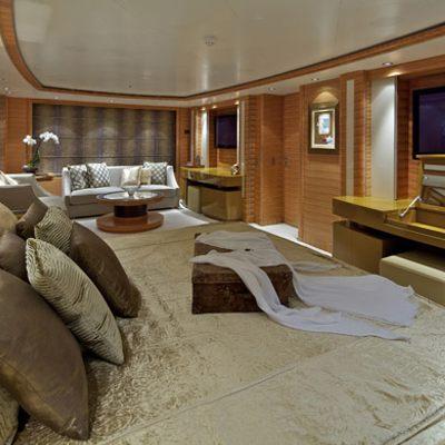 Mia Rama Yacht Master Stateroom - Bed