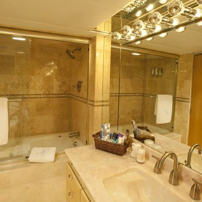 Le Montrachet Yacht Guest Bathroom