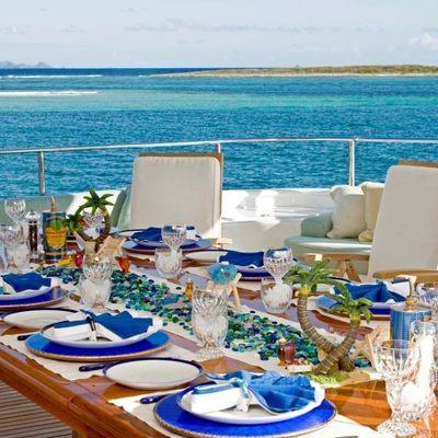Te Manu Yacht Exterior Dining