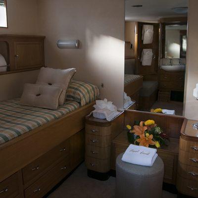 Istros Yacht Twin Room