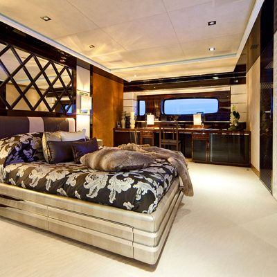 Seven S Yacht Master Stateroom