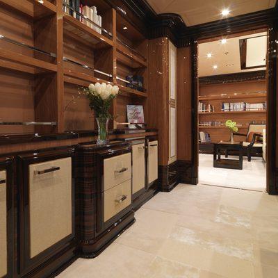 Meamina Yacht Hallway