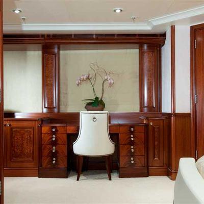 Avalon Yacht Master Stateroom - Desk