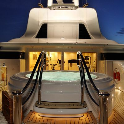 Capri I Yacht Jacuzzi - Night