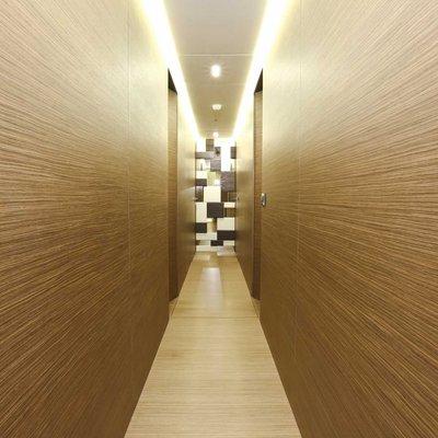 Ipanemas Yacht Hallway