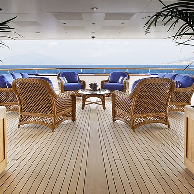 Laurel Yacht Upper Deck Seating