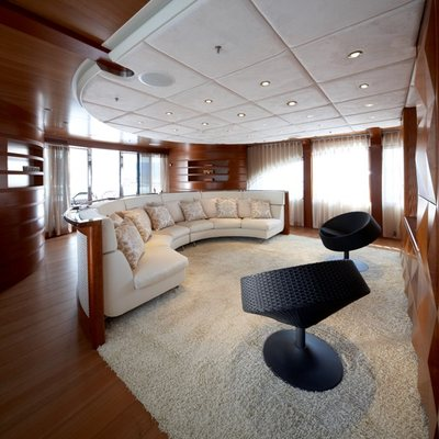 Northlander Yacht Salon Seating