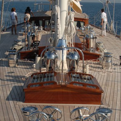 Gweilo Yacht Deck Equipment