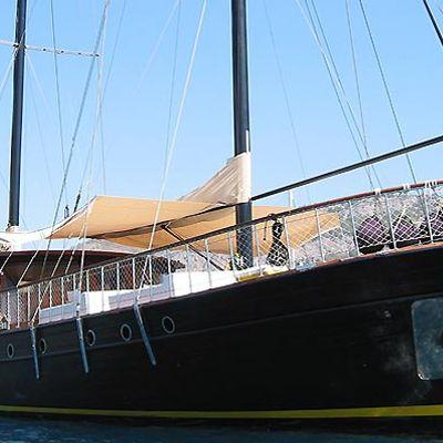 Vita Dolce Yacht