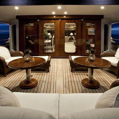 Bellami.Com Yacht Main Aft Deck - Night