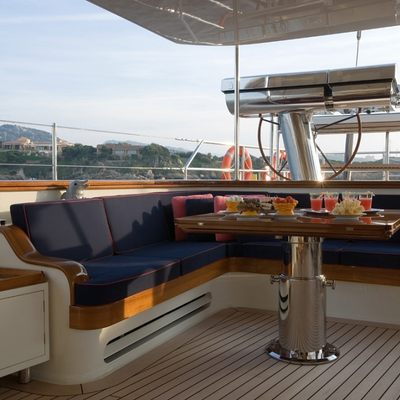 Heritage Yacht Exterior Seating/Dining