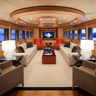 Golden Horn Yacht Salon - Forward View