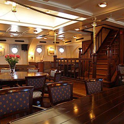 Stad Amsterdam Yacht