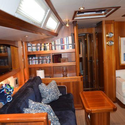 Luna Danns Yacht