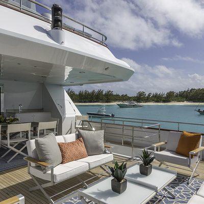M3 Yacht