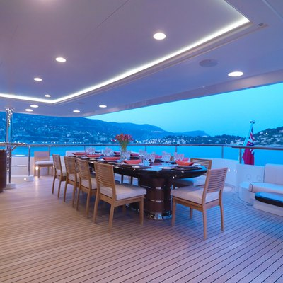 Meamina Yacht Dining - Evening