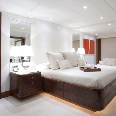 La Tania Yacht Master Stateroom