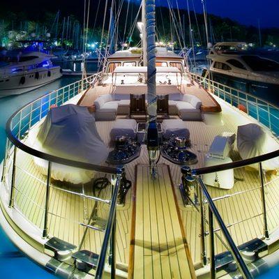 Daima Yacht Forward Deck Lights