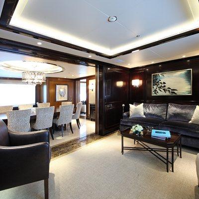 Seanna Yacht Lounge