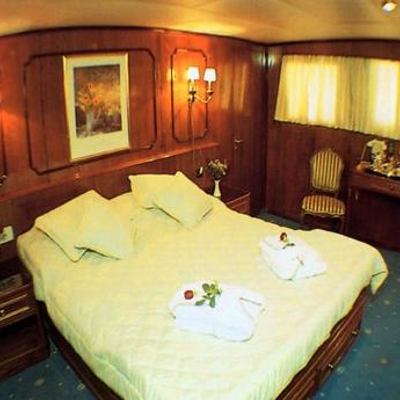 Eliki Yacht Guest Stateroom