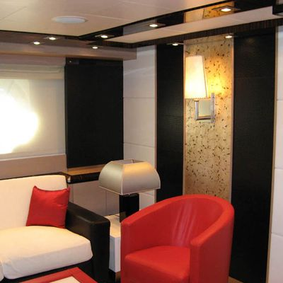 Dragon Yacht Master Seating Area
