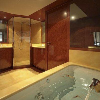 Baron Trenck Yacht Master Bath